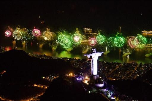 La célébration de nouvel an dans le monde entier