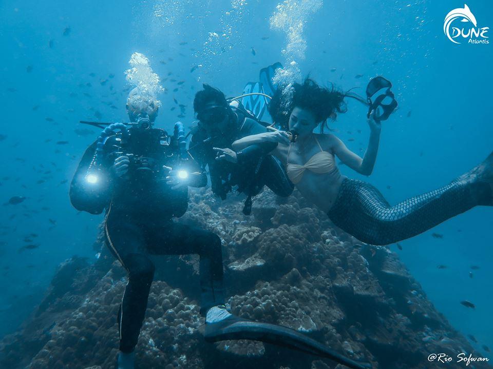 Découvrez le plus célèbre site de plongée, et faites une  Bali Plongée Épave